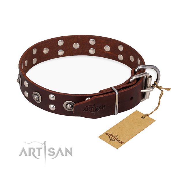 Rust-proof D-ring on genuine leather collar for your stylish pet