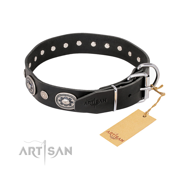 Top rate genuine leather dog collar made for daily walking