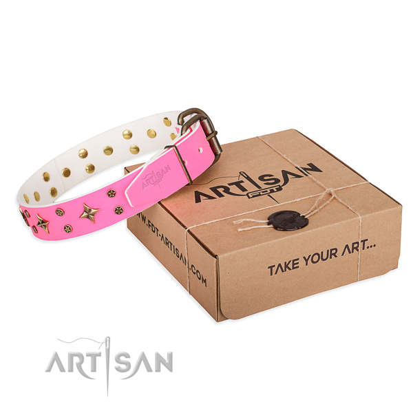 Easy wearing dog collar of fine quality genuine leather with studs